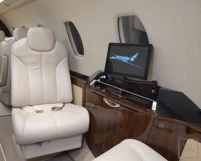 Luxury private jets Falcon Dassault for sale for super rich