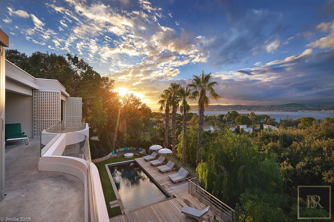 For super rich ultra luxury real estate properties homes, most expensive houses, rent unique penthouse apartment and ultimate villa in Cap d'Antibes France for rent holiday French riviera