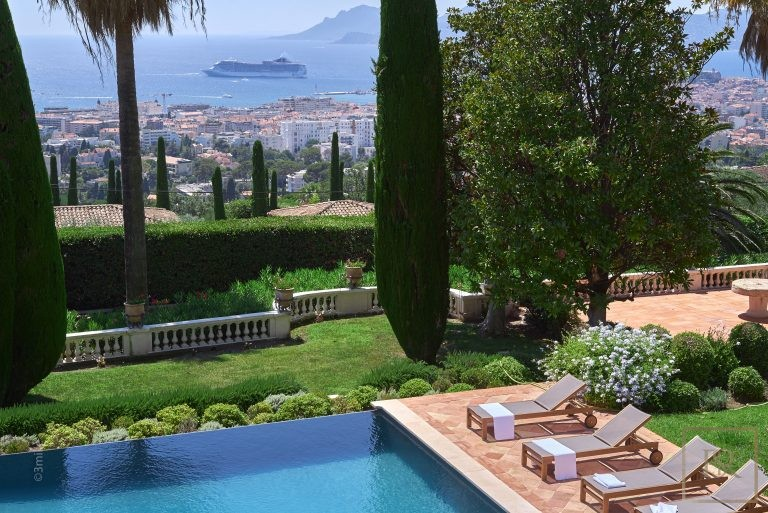 Villa Panoramic Sea Views - Cannes, French Riviera available for sale For Super Rich