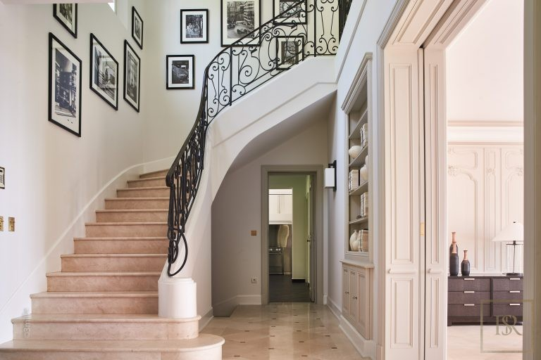 For super rich very expensive villas Cannes France for sale French riviera