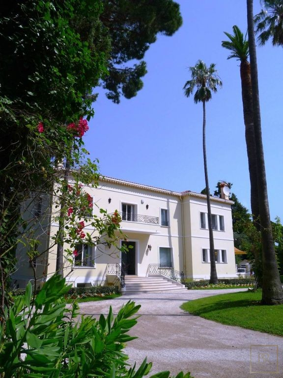 Villa West Side 10 BR - Cap d'Antibes, French Riviera property rental For Super Rich
