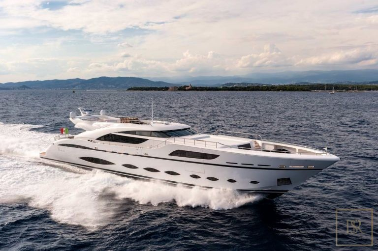 AB Yachts, FAST AND FURIOUS, 44 (Meters)