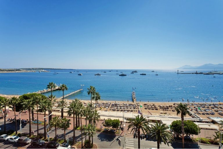Apartment Croisette - Cannes, French Riviera New for sale For Super Rich