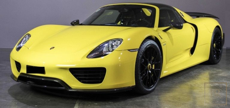 2015 Porsche 918 SPYDER Yellow for sale For Super Rich