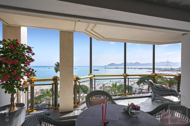 Apartment Croisette - Cannes, French Riviera available for sale For Super Rich