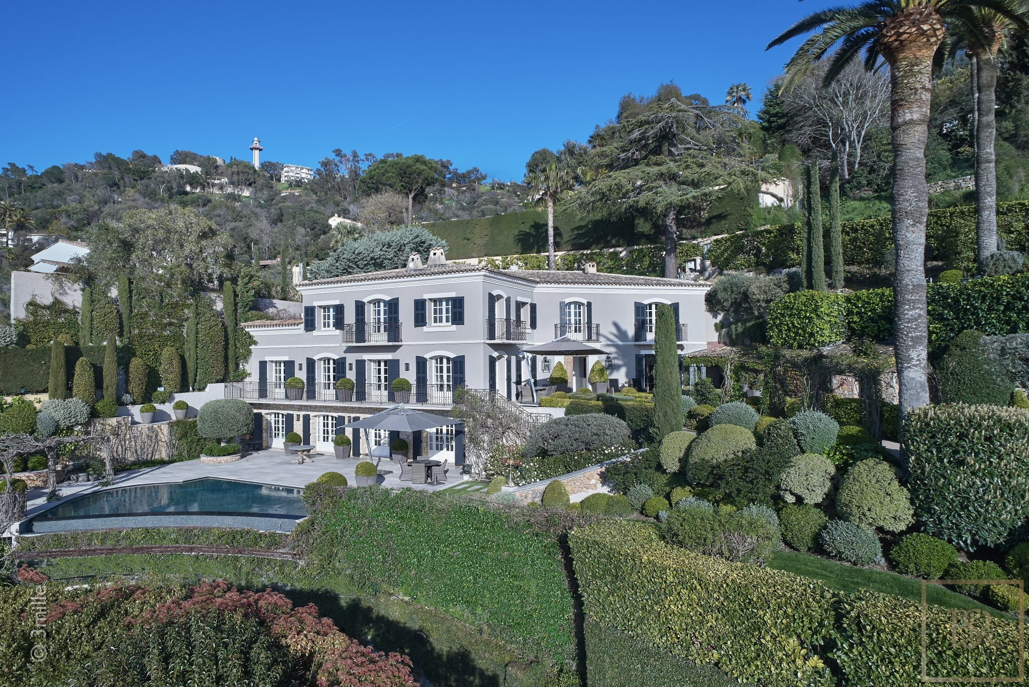 For super rich ultra luxury real estate properties homes, most expensive houses, buy unique penthouse apartment and ultimate villa in Cannes France for sale French riviera