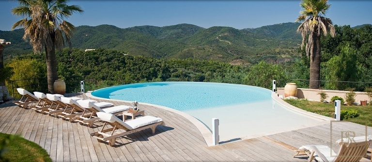 Ultra luxury properties Fréjus France for sale French riviera