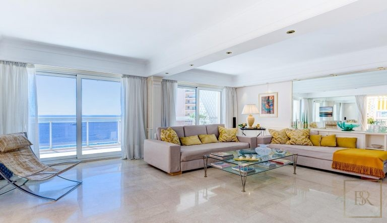 For super rich villa Monte-Carlo Monaco for sale