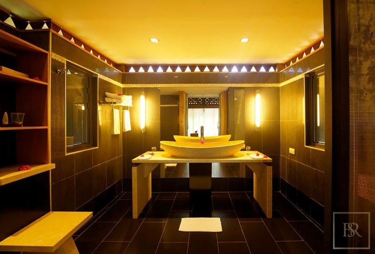 Hotel 32 Bungalows - Maitai Lapita, Fare, French Polynesia real estate for sale For Super Rich
