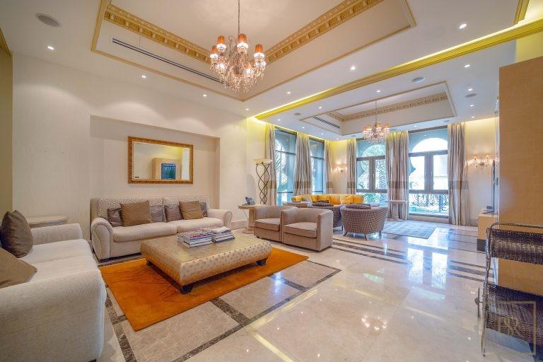 Villa Palatial Emirates Hills - Dubai, UAE best for sale For Super Rich