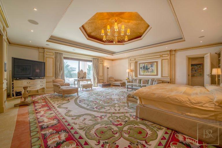 Villa Palatial Emirates Hills - Dubai, UAE price for sale For Super Rich
