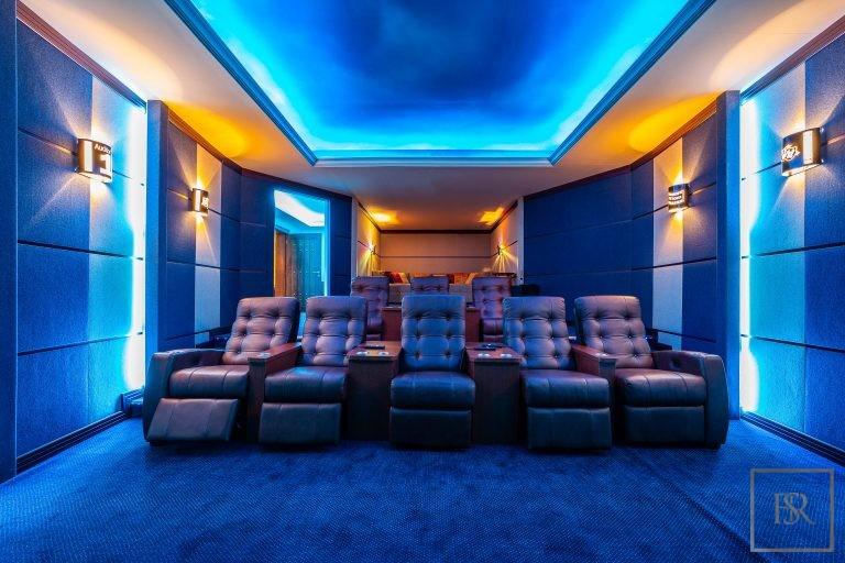 Villa Palatial Emirates Hills - Dubai, UAE ultra luxury for sale For Super Rich