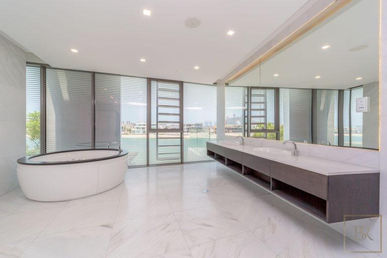 Villa Signature Beachfront Palm Jumeirah - Dubai, UAE search for sale For Super Rich