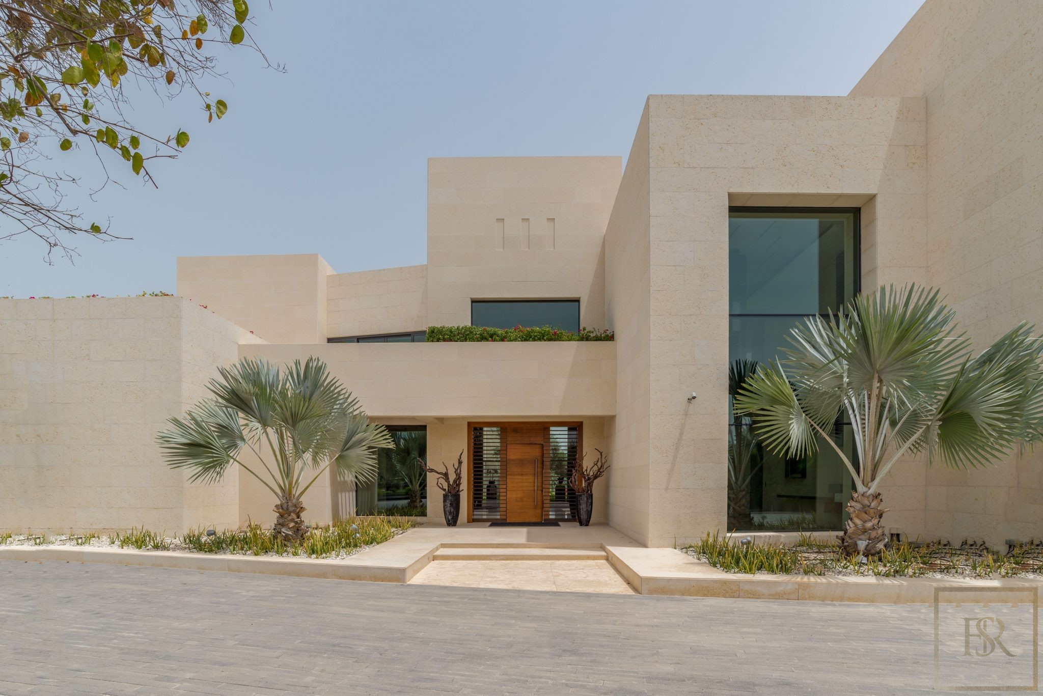 Villa High-end 7 bedrooms Emirates Hills - Dubai, UAE for sale For Super Rich