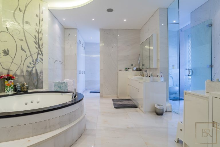 Luxury home, house, villa, property Dubai UAE for sale