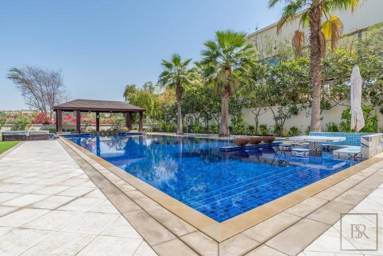 For super rich buy ultra luxury villa Dubai UAE for sale
