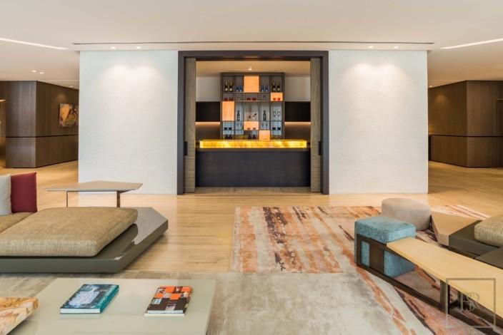 Penthouse 5 Bedrooms - Volante Business Bay, Dubai, UAE available for sale For Super Rich