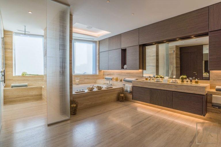 Penthouse 5 Bedrooms - Volante Business Bay, Dubai, UAE Classified ads for sale For Super Rich