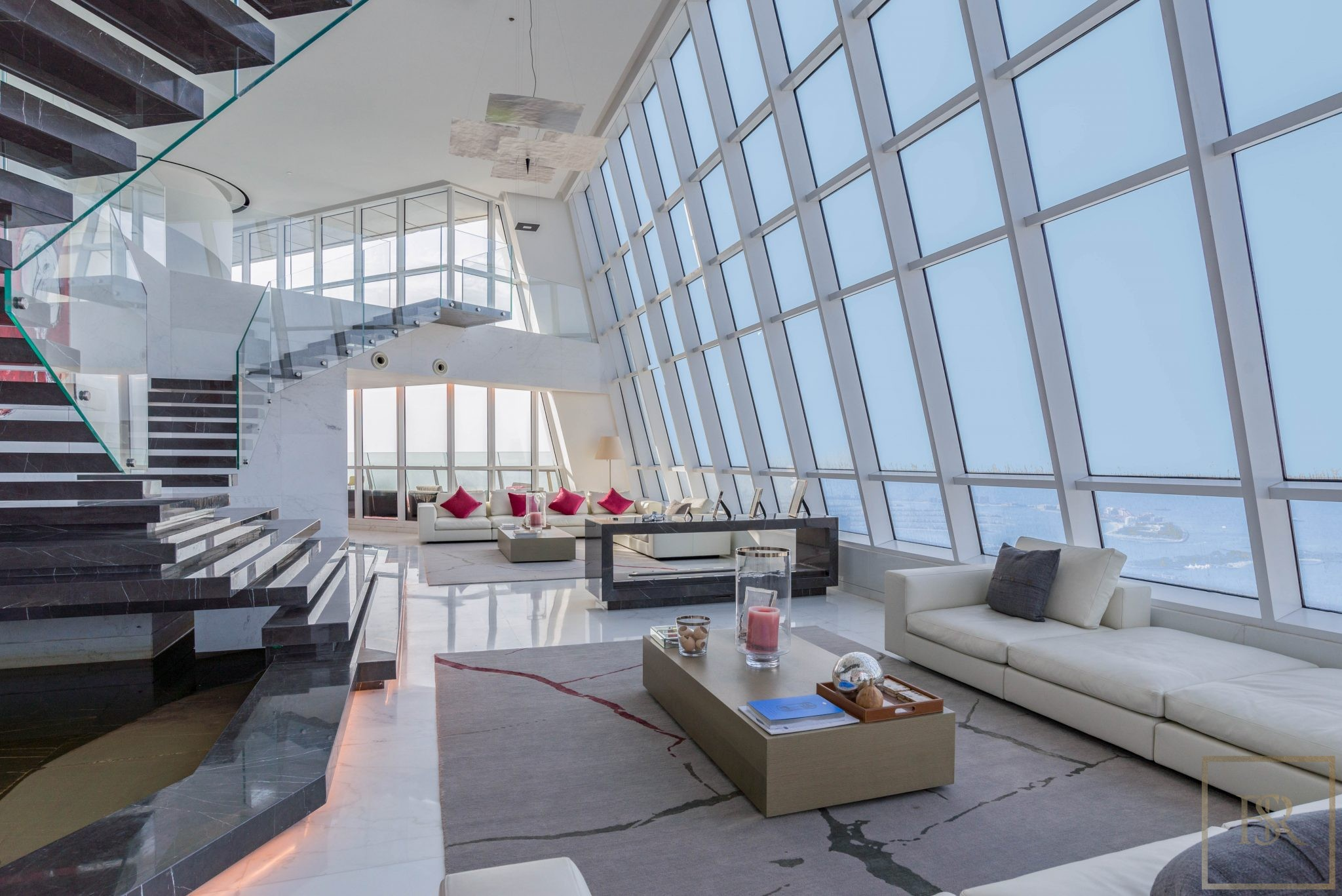 For super rich ultra luxury real estate properties homes, most expensive houses, buy unique penthouse apartment and ultimate villa in Dubai UAE for sale