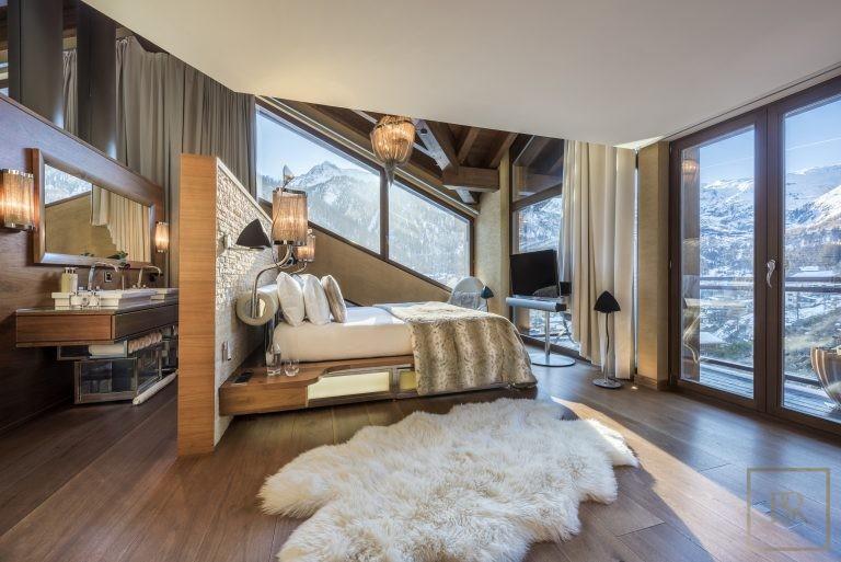 For super rich very expensive villas Zermatt Switzerland for rent holiday