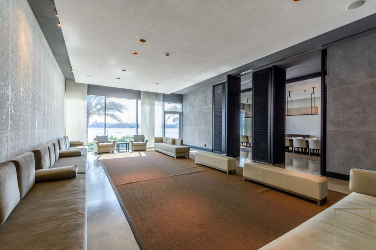 Villa Signature Majestic - Palm Jumeirah, Dubai, UAE buy for sale For Super Rich