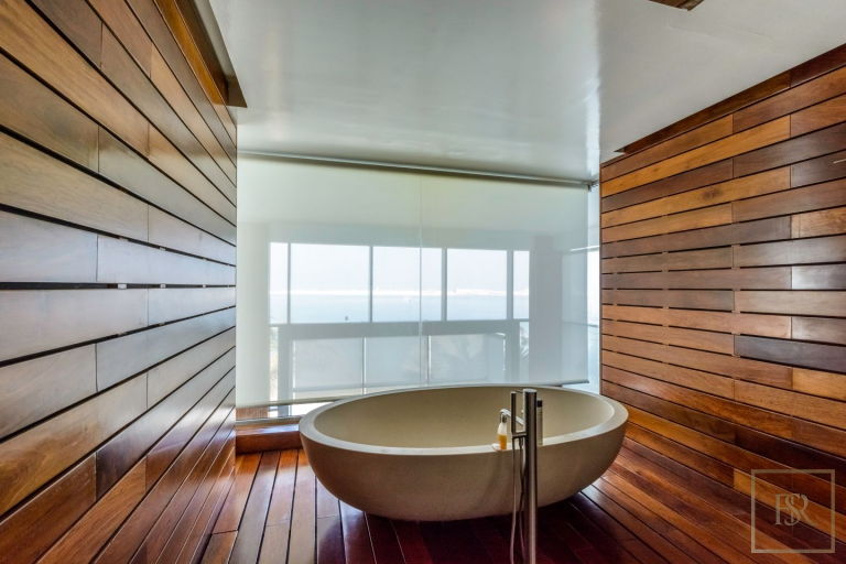 Villa Signature Majestic - Palm Jumeirah, Dubai, UAE property for sale For Super Rich