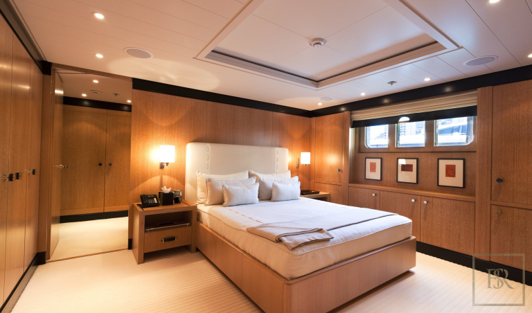 Luxury motor yacht superyacht for sale for super rich