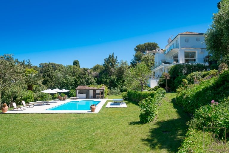 Villa Contemporary - Cap d'Antibes, French Riviera 7201 for sale For Super Rich