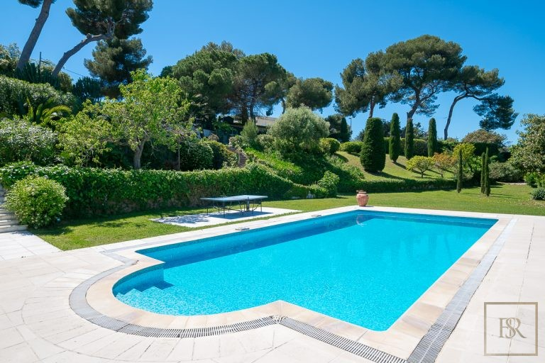 Villa Contemporary - Cap d'Antibes, French Riviera available for sale For Super Rich