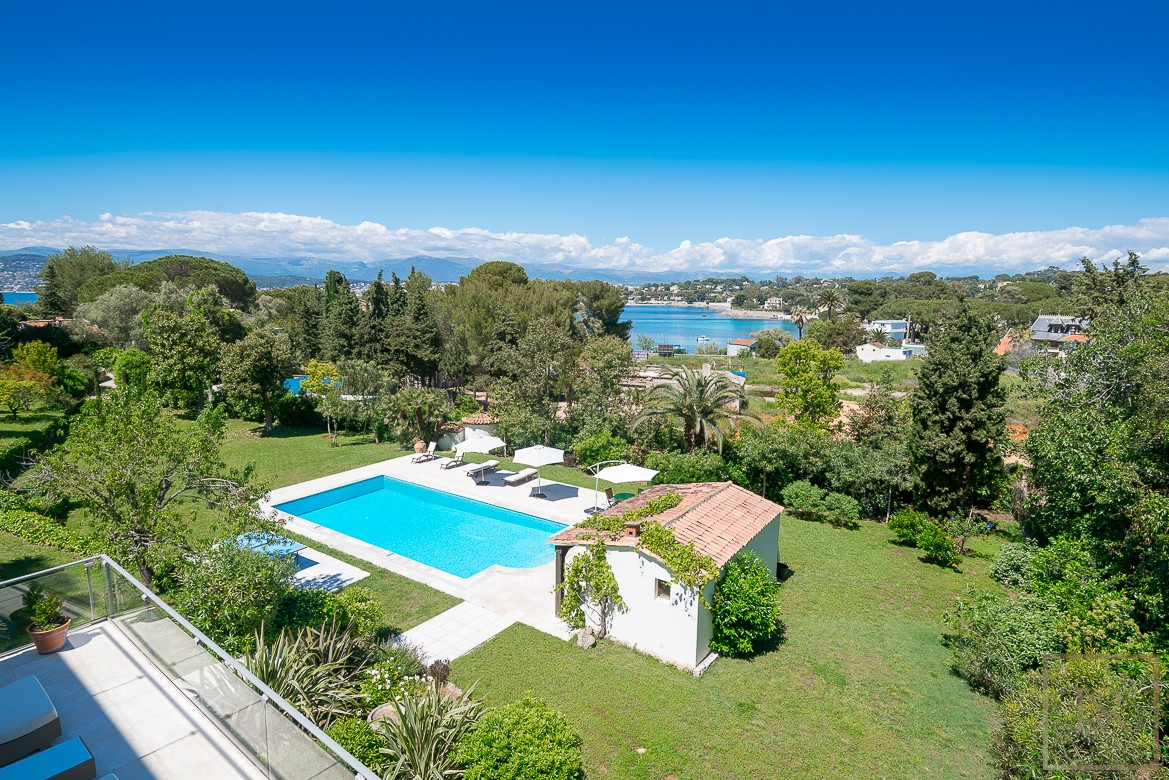 Villa Contemporary - Cap d'Antibes, French Riviera for sale For Super Rich