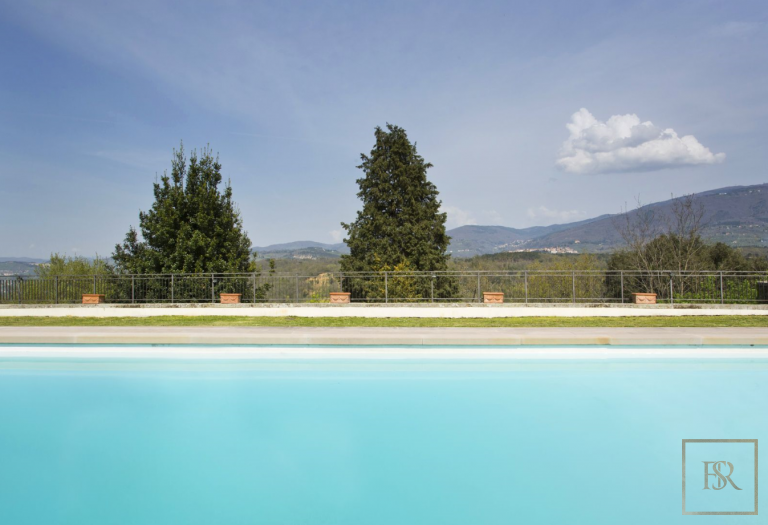 1427 Castle Tuscany - Florence, Italy best for sale For Super Rich
