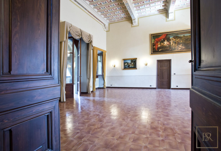1427 Castle Tuscany - Florence, Italy ads for sale For Super Rich