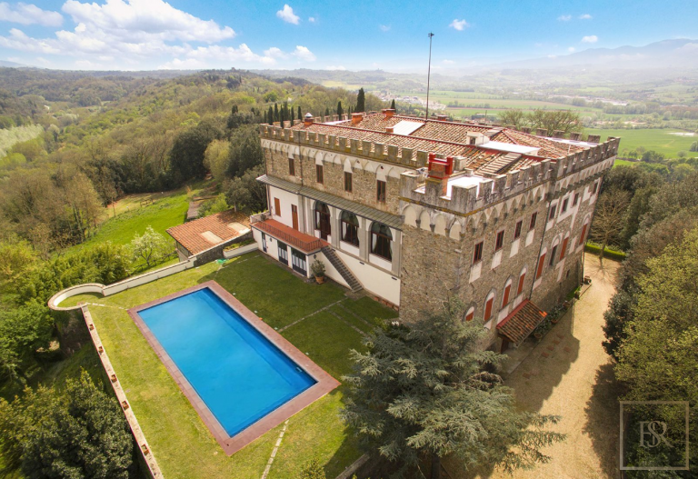 1427 Castle Tuscany - Florence, Italy available for sale For Super Rich