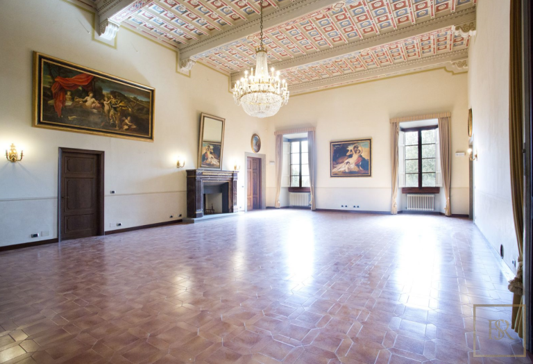 1427 Castle Tuscany - Florence, Italy photos for sale For Super Rich