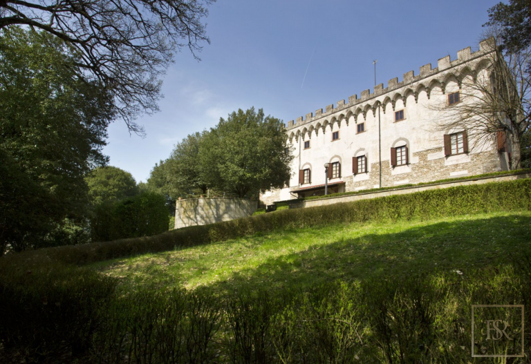 1427 Castle Tuscany - Florence, Italy deal for sale For Super Rich