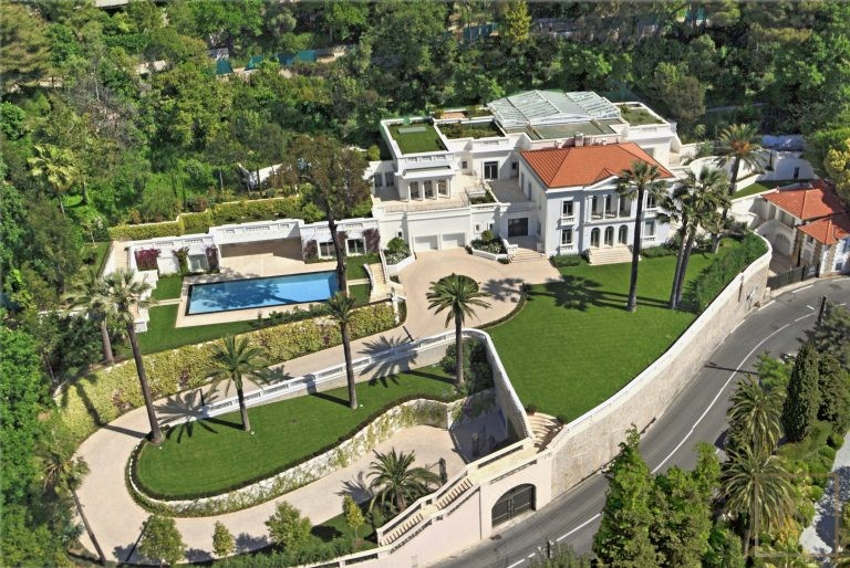 For super rich villa Le Cannet France for rent holiday French riviera