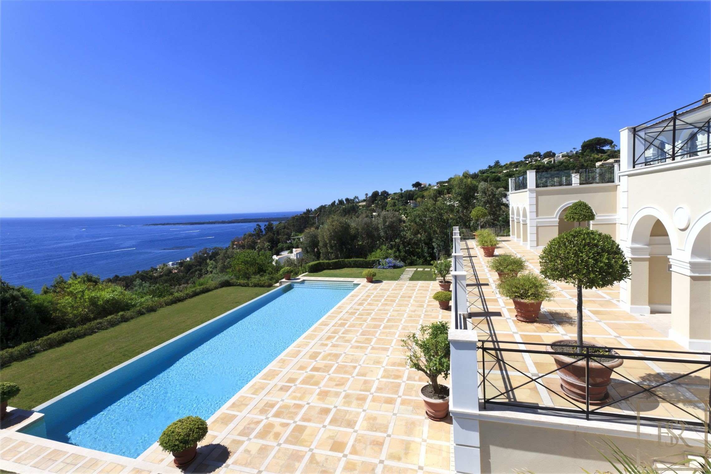 Villa Colonial New 860 m2 9 BR - Cannes, French Riviera rental For Super Rich
