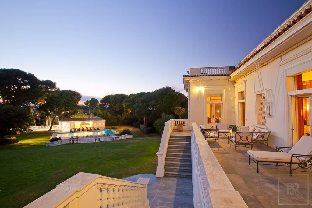 House 1300 m2 9 BR Heart - Cap d'Antibes, French Riviera  rental For Super Rich