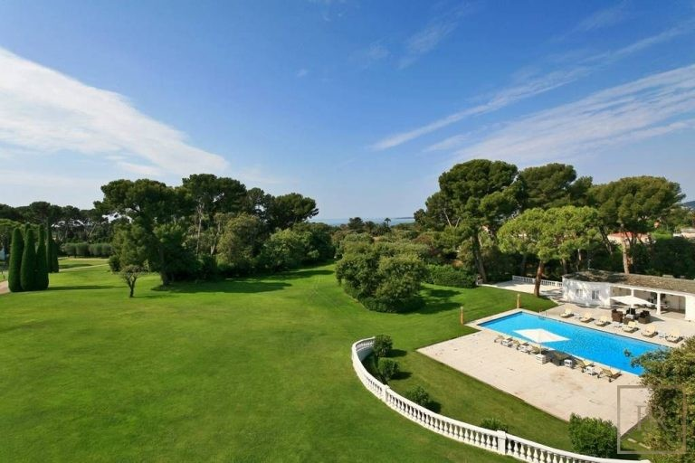 House 1300 m2 9 BR Heart - Cap d'Antibes, French Riviera  1300m2 rental For Super Rich