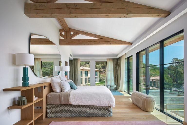 Villa Park & Sea View 11 BR - La Croix-Valmer, French Riviera Classified ads rental For Super Rich