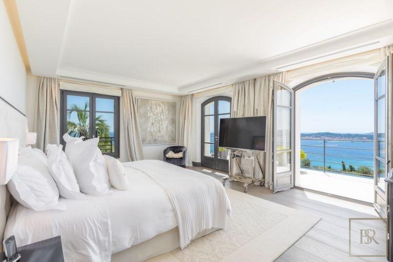 Villa Best View Gulf St-Tropez 6 BR - Grimaud, French Riviera luxury rental For Super Rich