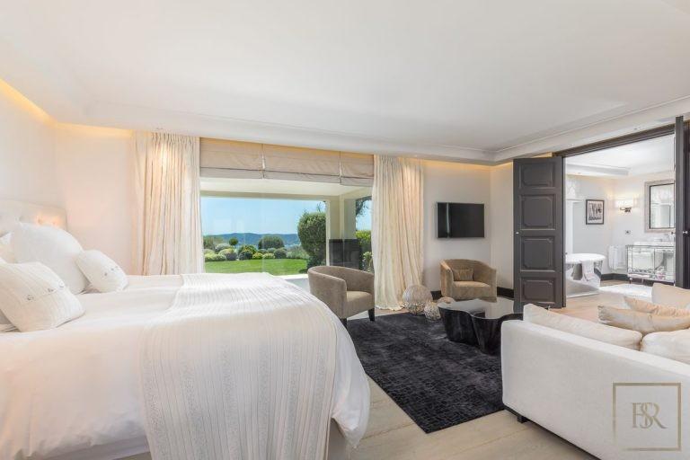 Villa Best View Gulf St-Tropez 6 BR - Grimaud, French Riviera ultra luxury rental For Super Rich