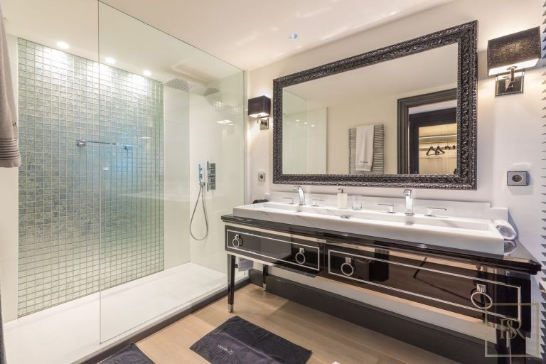 Villa Best View Gulf St-Tropez 6 BR - Grimaud, French Riviera expensive rental For Super Rich