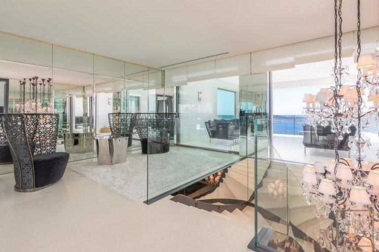 Villa Best View Gulf St-Tropez 6 BR - Grimaud, French Riviera ads rental For Super Rich