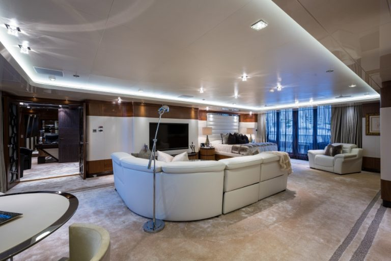 2012 Turquoise Yachts 238' 238 Feets prix for sale For Super Rich