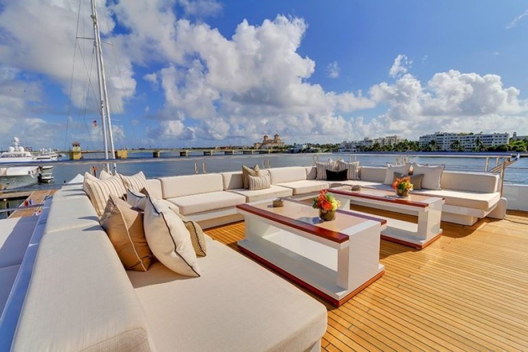 2012 Turquoise Yachts 238' 238 Feets luxury for sale For Super Rich