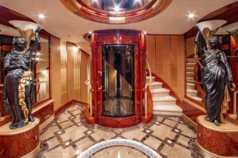 2010 Benetti AQUARIUM 203 Feets buy for sale For Super Rich