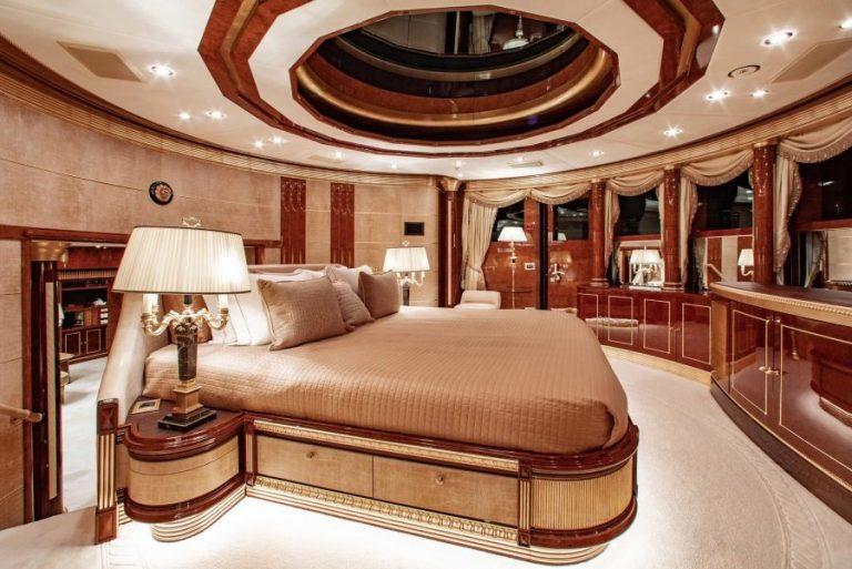 2010 Benetti AQUARIUM 203 Feets value for sale For Super Rich
