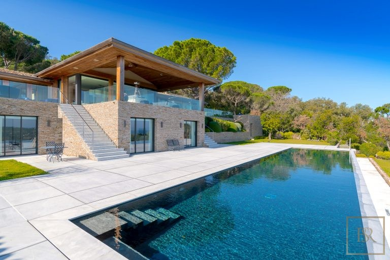 For super rich luxury villa Saint-Tropez France for rent holiday French riviera