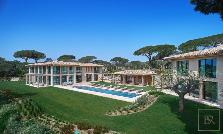 For super rich ultra luxury Villa La Croix-Valmer France for rent holiday French riviera